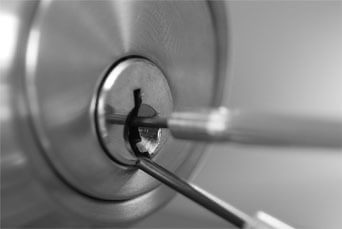 T & S Security Systems: Locksmith